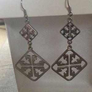 Jewelry - Beautiful Earnings Silver Color